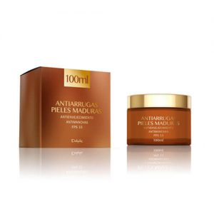 Anti-Wrinkle-Face-Cream-Mature-Skin
